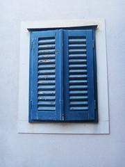Shutters (20denier) Tags: blue window croatia shutter bol bra