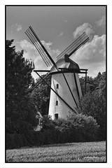 Stendener Mhle in Kerken-Stenden II (Babaou) Tags: windmill deutschland mhle nrw sw molen windmolen niederrhein windmhle kerken stenden turmwindmhle silverpp