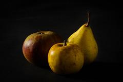 Nature morte (bruno2nis) Tags: apple fruit pear poire pomme studio techniquephoto