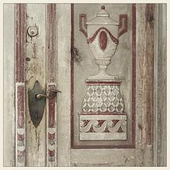Detail of a door (Funchye) Tags: door detail olddoor 60mm nikon d600 sønderborg denmark danmark