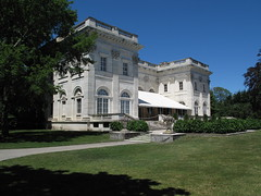 Marble House (ty law) Tags: newportri cottages vanderbilt thebreakers cliffwalk salveregina marblehouse rosecliff theelms servanttour bathroom gildedage robberbaron captainofindustry edwardian american grand grandiose flowers atlanticocean rhodeisland copper