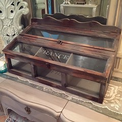 Cool wood/glass box (Bellafaye Garden) Tags: woodenbox storagebox farmhousestyle