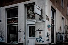 K Galerie (Rubina V.) Tags: rostock streetphotography huser strassen fenster stdte street house window strasen