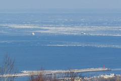 Two ships /  (yanoks48) Tags: sea japan hokkaido    abashiri   driftice  seaofokhotsk