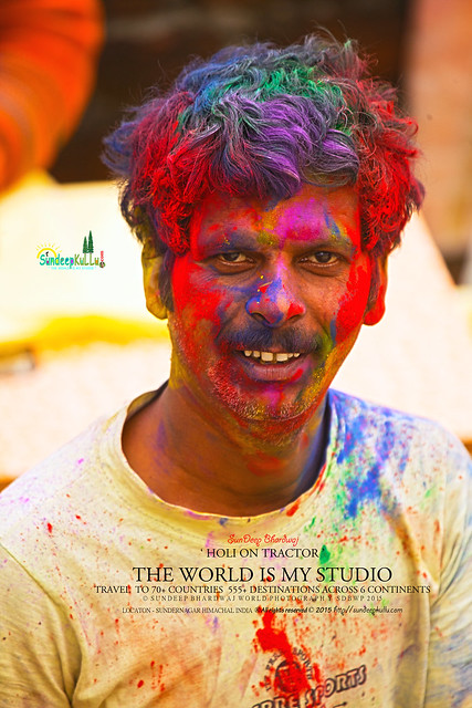 SDBwow HOLI FESTIVALS OF COLOURS DAYA RAM A LOCAL HAIR DRESSER by SunDeepKulluDOTcom IMG_0200 AW1M 1920 92