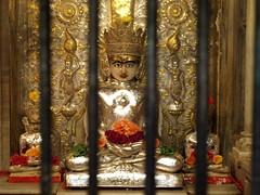 PA276181 (Le_Toqu) Tags: god dieu inde idole hindous
