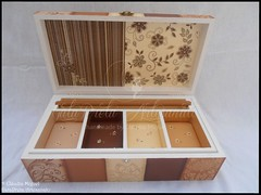"""Caixa de bijuteria e de 8 relgios """"Pure Chocolate"""" (GataPreta Artesanato) Tags: crafts artesanato dcoupage decorao bijuterias trabalhosemmadeira caixabijuterias caixadebijuteria caixaparabijuteria caixapararelgios caixaderelgios"""