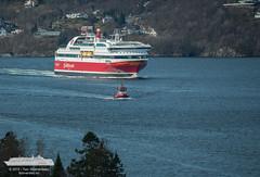 Bergensfjord & Buddy (Tom McNikon) Tags: norway ferry buddy tug bergen bb fjordline carferry passengership passengerferry slepebt bergensfjord cruiseferry taubt bukserberging
