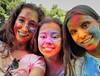 Colour girls (Mariña Veras) Tags: iris friends portrait rainbow colours colores caras amigas arco multicolor pintura holifestival