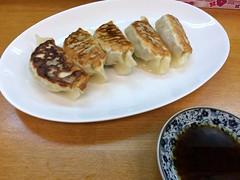 Duck dumplings from Oishinbo @ Kotobuki cho near Asakusa (Fuyuhiko) Tags: from tokyo duck 鴨 near 東京 asakusa dumplings kamo cho 浅草 餃子 kotobuki 寿 oishinbo 寿町 鴨餃子 美味坊