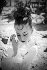 Mi gitanilla (Art.Mary) Tags: portrait bw espaa girl monochrome canon andaluca spain retrato nb bn nia granada espagne fille flamenca gitana