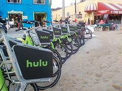 0507161924a (EmBee's Web) Tags: california venice green beach bike tag bikes bicycles venicebeach rentabike beachcruiser hulu