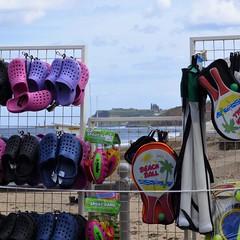Beach (Martellotower) Tags: beach abbey seaside sand goods whitby bats crocs sandsend