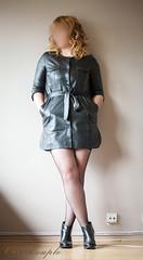elle229 (Cuir Couple) Tags: leather bondage skirt bdsm master jacket jupe mistress veste leder matre pant pantalon cuero cuir hosen cravache maitresse martinet cuissardes