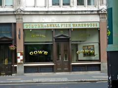 P1130868 Oyster & shellfish warehouse (londonconstant) Tags: streetscapes londonconstant costilondra londone20 queenelizabetholympicparkpromenades