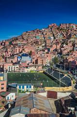 El ftbol se toma los cerros (Andrs Photos 2) Tags: streets bolivia ciudad lapaz calles altiplano sudamerica elalto lasbrujas