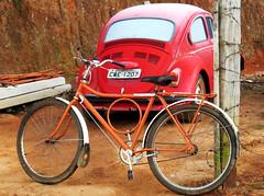 Cantagelo (BrunoNavas) Tags: brasil brazil br bicicleta bike bicycle bicicletta fusca sp sopaulo serradamantiqueira sobentodosapuca caminhodaf ciclotour cicloturismo cicloviagem cycle old vintage geada gelo frio friaca wolks