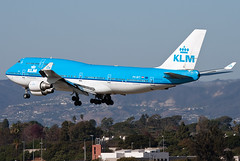 PH-BFT KLM 747-400 (Centreline Photography) Tags: california usa plane canon airplane losangeles airport aircraft aviation airplanes flight aeroplane hollywood planes boeing chrishall lax flughafen klm runway 747 jumbojet spotting airliner jumbo airliners 747400 planespotting flug spotters klax phbft losangelesairport eos400d centrelinephotography