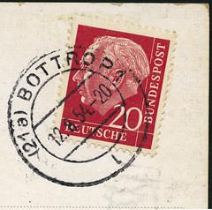 Poststempel Bottrop, 12.8.54 mit roter 20 Pfennig Theodor Heuss Briefmarke (Hans-Michael Tappen) Tags: stamps 1954 postmark briefmarke poststempel heimatbottrop collectionhansmichaeltappen poststempel1954 heussmarke