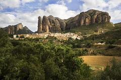 IMG_9801 Agüero (jaro-es) Tags: españa canon spain dorf village pueblo spanien agüero spanelsko eos450