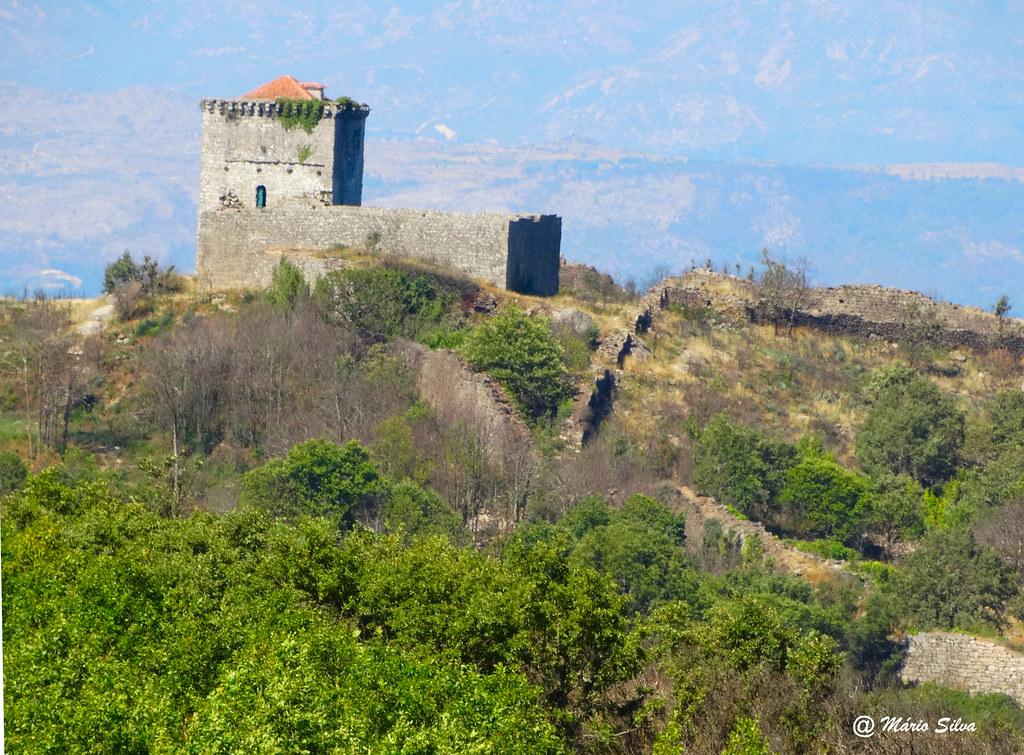 Águas Frias (Chaves) - Castelo de Monforte de Rio Livre (Monumento Nacional)