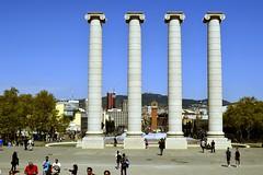LES QUATRE COLUMNES, de Josep Puig i Cadafalch, 1919 (Yeagov_Cat) Tags: barcelona catalunya montjuïc lesquatrecolumnes quatrecolumnes joseppuigicadafalch 1919 1928 2010 peraire