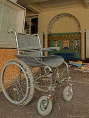 The wheelchair (Dreamdancer_77) Tags: old school abandoned lost big alt decay medical medizin dilapidated gros schule ruined collapsed physiotherapy urbex physiotherapie verfall lostplaces verwaltung lostplace medizinisch