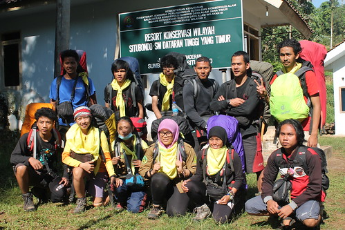 "Pendakian Sakuntala Gunung Argopuro Juni 2014 • <a style=""font-size:0.8em;"" href=""http://www.flickr.com/photos/24767572@N00/27126952996/"" target=""_blank"">View on Flickr</a>"