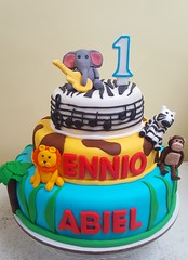 jungle animals cake (Divine Cakes Iloilo) Tags: birthday cakes animal cake dc cafe divine musical jungle theme iloilo roxas fondant bakeshop