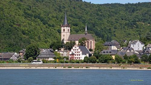 2014 F28 Rhine Cruising-15