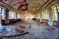 #abandoned #abandonedny #lostplaces #seaviewhospital #statenisland #newyork (pbonjovi222000) Tags: newyork abandoned statenisland lostplaces seaviewhospital abandonedny