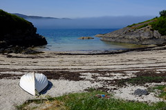 Kentra Bay (wivvy is getting there.) Tags: sea sky water bay scotland boat holidays inversion x100s x100swcl