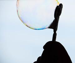 Bubbles (Maria Eklind) Tags: reflection silhouette bubbles bubblor spegling macromondays
