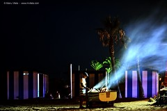 Noche de Espetada (Espetada night) (Retratista de paisajes y paisanajes) Tags: espaa beach spain sand nikon dish playa andalucia arena pescado malaga sardines firewood sardinas espetada espeto d5200 cocinamalaguea