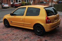 LY 182 27-06-16 003 (AcidicDavey) Tags: yellow clio renault liquid 182 renaultsport