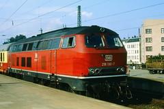 DB 218 190-7 at Hamburg Altona Sept 79 (Karel1999 Over a Million views ,many thanks) Tags: hamburg trains locomotives dbrail diesels