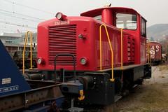 SLMNr 5078 : SBB Infrastruktur Traktor Tm  232 305 - 3 ( Dieseltraktor - Rangiertraktor => Umbau aus Tm IV 9671 => Hersteller SLM Nr. 5078 ) am Bahnhof Vevey im Kanton Waadt - Vaud der Schweiz (chrchr_75) Tags: chriguhurnibluemailch christoph hurni schweiz suisse switzerland svizzera suissa swiss chrchr chrchr75 chrigu chriguhurni 1503 märz 2015 eisenbahn schweizer bahnen bahn train treno zug albumbahnenderschweiz albumbahnenderschweiz201516 albumzzz201503märz rangiertraktor traktor dieseltraktor sbb 232 juna zoug trainen tog tren поезд lokomotive паровоз locomotora lok lokomotiv locomotief locomotiva locomotive railway rautatie chemin de fer ferrovia 鉄道 spoorweg железнодорожный centralstation ferroviaria cff ffs tm iv albumbahnslmschweizerischelokomotivundmaschinenfabrikwinterthur slm slmnr