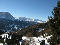 Val Gardena (Leo-set) Tags: winter italy grden ita dolomites dolomiti valgardena dolomiten wolkenstein trentinoaltoadige dolomiitit  santacristinavalgardena