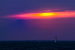 Arasaki setting sun (shinichiro*) Tags: japan spring fuji may kanagawa crazyshin   miura 2016    arasaki asiandust  sd1m sigmasd1merrill sigma18300mmf3563dcmacrooshsm 20160501sdim2088