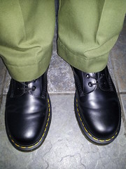 20160412_120427 (rugby#9) Tags: original black feet yellow hole boots 10 lace dr air 7 icon wear size stitching comfort sole doc cushion soles dm docs eyelets drmartens bouncing airwair docmartens martens dms combats 1490 cushioned combattrousers wair 10hole doctormarten yellowstitching armycombats greencombats greencombattrousers armycombattrousers