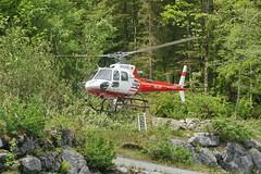 Air-Glaciers in Stckalp-Melchsee-Frutt 28.5.2016 0709 (orangevolvobusdriver4u) Tags: schweiz switzerland transport helicopter hubschrauber airtransport archiv 2016 helikopter melchseefrutt stckalp airglaciers airglacier