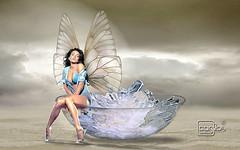 Atelier2 Meulher ao luar (Atelier 2) Tags: azul photoshop ar pastel mulher borboleta lua ao livre cor pedras manipulao atelier2