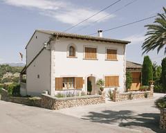 Llubí, 2016. (Mateu Isern Suñer) Tags: urban house home architecture canon arquitectura village nobody mallorca hopperesque vsco