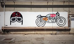 olio (N I C K ......1 8 2 8) Tags: shadow red italy sun bike work honda italian dream ktm harleydavidson yamaha suzuki ducati sole murales rosso motoguzzi luce kawasaki laverda officina geometrie sanbenedettodeltronto nick1828