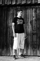 D.T. (Sareni) Tags: door light summer portrait blackandwhite bw wall shadows serbia august cb portret dt breg leto vojvodina twop srbija 2014 banat vrata svetlost zid senke alibunar crnobela juznibanat sareni