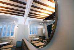 _DSC1236 (fdpdesign) Tags: arredamenti shop design shopdesign nikon d800 milano italy arrdo italia 2016 legno wood ferro sedie tavoli locali cocktails bar interni architettura