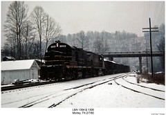 L&N 1364 & 1306 (Robert W. Thomson) Tags: railroad century train diesel tennessee railway trains locomotive trainengine morley ln alco centuryseries c420 louisvilleandnashville fouraxle