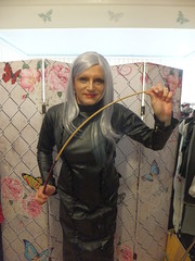 DSCF4822 (DonnaLouise) Tags: crops whips pvc ringmaster