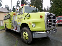 Malaspina District Fire Department Tender 55 (Canadian Emergency Buff) Tags: canada ford fire district columbia british 55 firedept department firedepartment tender tanker malaspina t55 l9000 westank malaspinadistrictfiredepartment malaspinadistrictfiredept malaspinadistrictfire malaspinafiredepartment