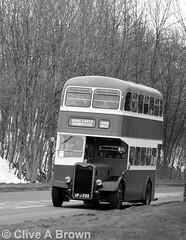 DSC_2331w (Sou'wester) Tags: bus buses vintage yorkshire rally historic cumbria preserved publictransport veteran northyorkshire dales preservation psv brough kirkbystephen roadrun